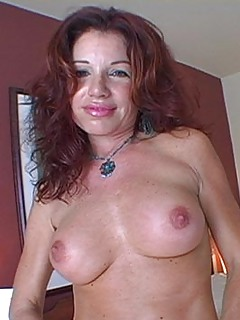 Redhead MILF Pics